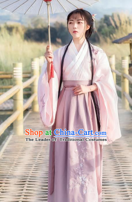 Chinese Traditional Ancient Jin Dynasty Princess Embroidered Costumes for Women