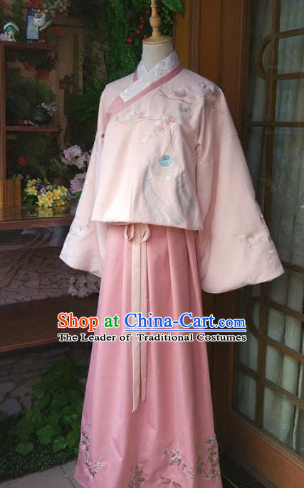 Chinese Traditional Ming Dynasty Princess Dress Ancient Nobility Lady Embroidered Clothing for Women