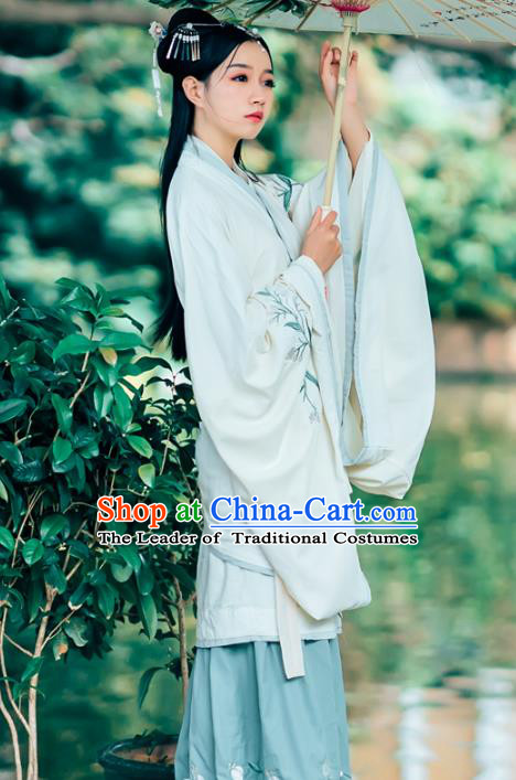 Chinese Traditional Han Dynasty Princess Hanfu Dress Ancient Nobility Lady Embroidered Clothing for Women