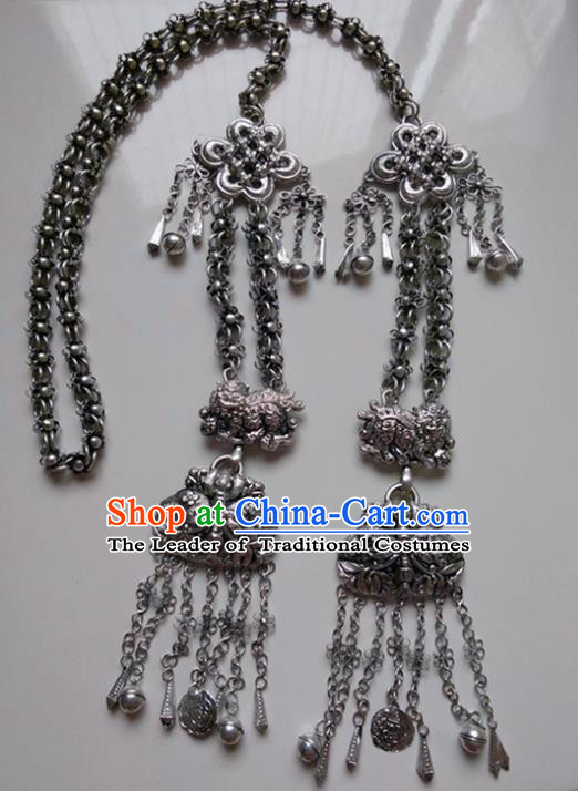 Chinese Miao Nationality Ornaments Traditional Hmong Handmade Sliver Necklace for Women