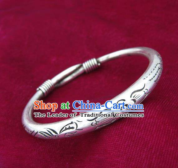 Chinese Miao Nationality Sliver Ornaments Traditional Hmong Handmade Carving Bracelet for Women