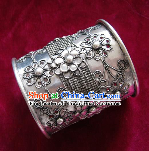 Chinese Miao Nationality Ornaments Sliver Bracelet Traditional Hmong Bangle Jewelry for Women