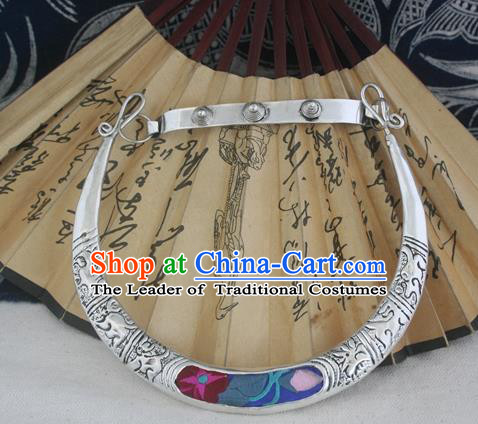 Chinese Miao Sliver Ornaments Carving Chinese Zodiac Necklace Traditional Hmong Embroidered Lotus Necklet for Women