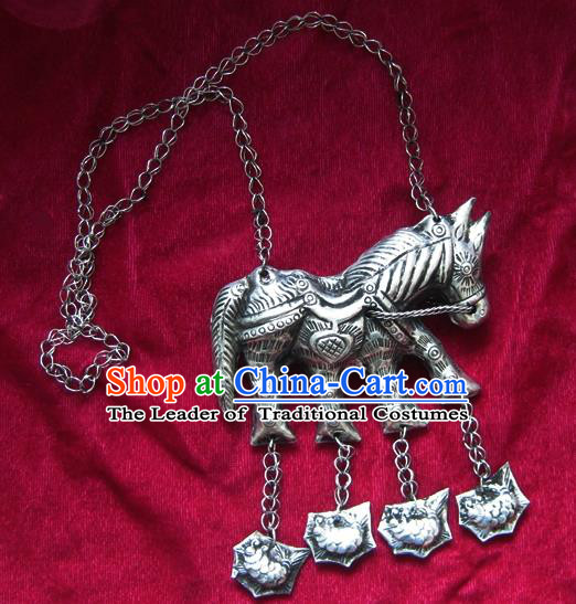 Chinese Miao Sliver Horse Necklace Ornaments Traditional Hmong Carving Sliver Necklet for Women