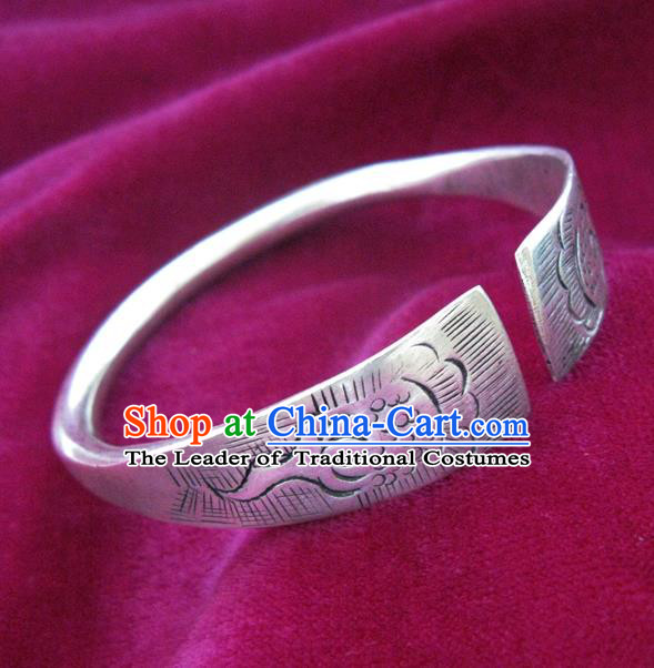 Handmade Chinese Miao Nationality Carving Bracelet Traditional Hmong Sliver Bangle for Women