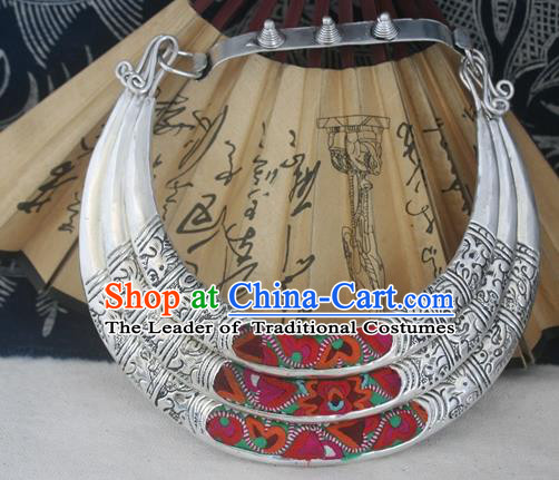 Traditional Chinese Miao Sliver Wedding Necklace Hmong Ornaments Minority Headwear for Women