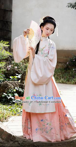 Chinese Ancient Ming Dynasty Princess Embroidered Costumes Hanfu Dress for Women