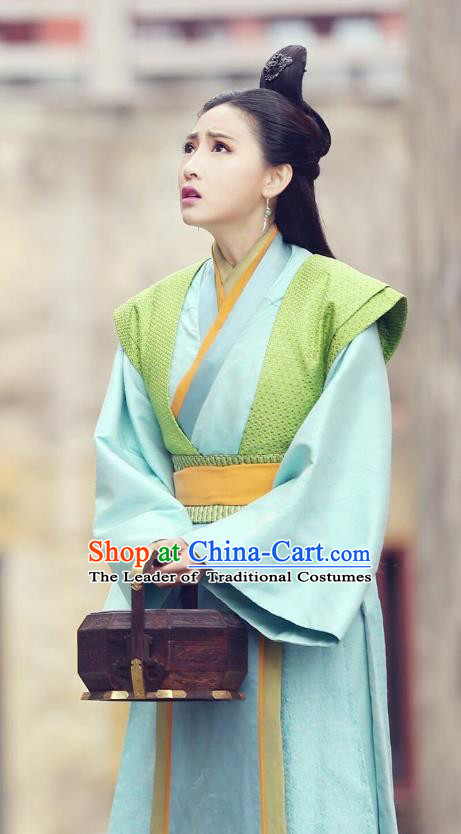 Traditional Chinese Ancient Qin Dynasty Court Maid Embroidered Historical Costume for Women