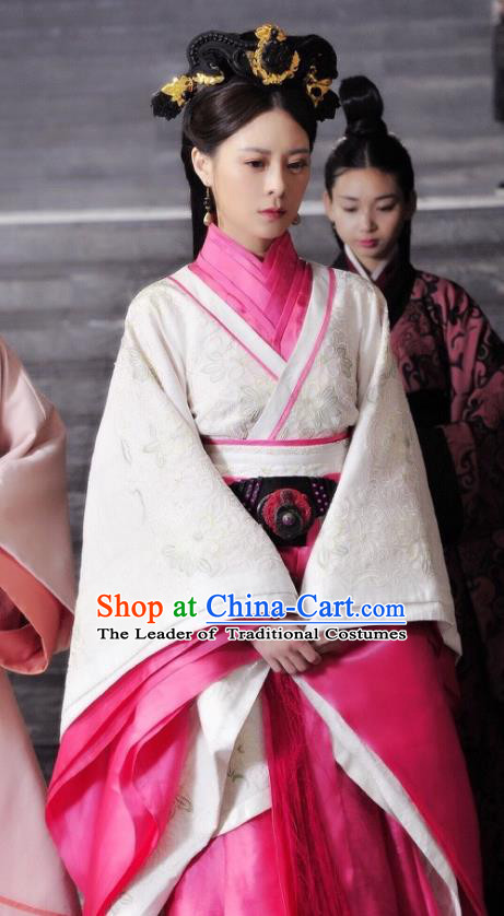 Traditional Chinese Ancient Qin Dynasty Imperial Consort Chu Embroidered Historical Costume for Women