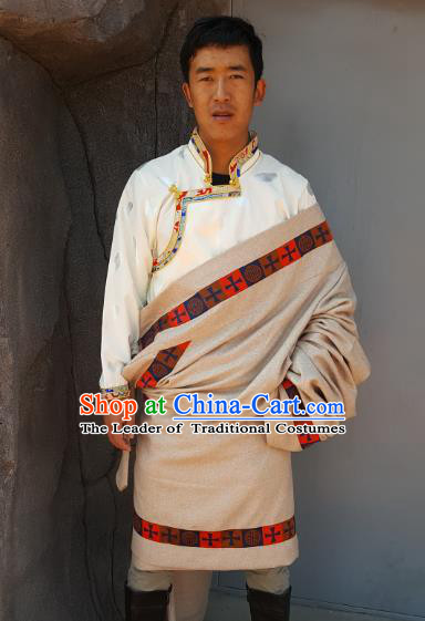 Chinese Traditional Zang Nationality Male Beige Costume, China Tibetan Heishui Dance Ethnic Clothing for Men