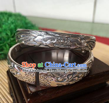 Handmade Chinese Miao Nationality Sliver Bracelet Traditional Hmong Carving Bangle for Women