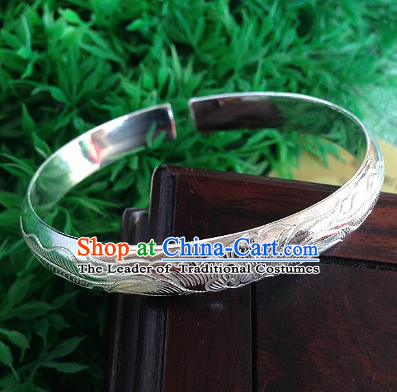 Handmade Chinese Miao Nationality Carving Sliver Bracelet Traditional Hmong Bangle for Women