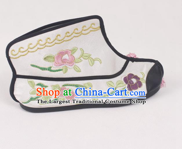 Chinese Traditional Beijing Opera Embroidered Boots Peking Opera Blues White Cloth Shoes for Women