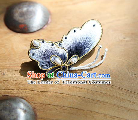 Chinese Traditional Cheongsam Accessories Embroidered Grey Butterfly Brooch for Women