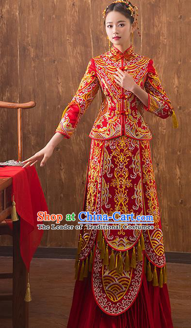 Traditional Chinese Embroidered Xiuhe Suit Ancient Wedding Dress Toast Red Cheongsam for Women