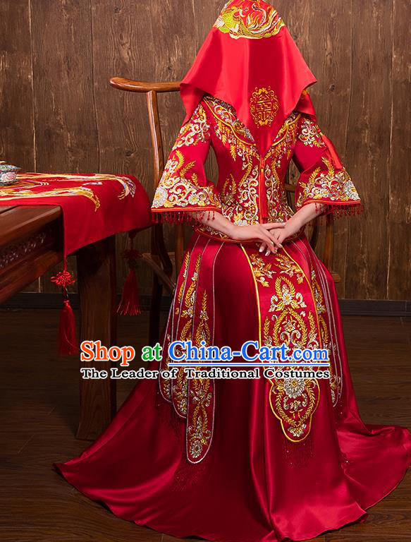 Chinese Traditional Wedding Bridal Embroidered Xiuhe Suit Ancient Bride Red Diamante Cheongsam for Women