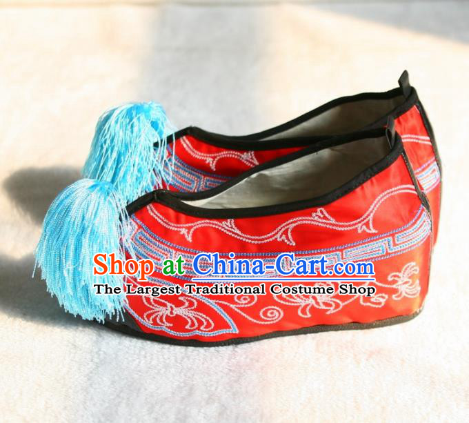 Chinese Traditional Beijing Opera Red Embroidered Shoes Beijing Opera Diva Cloth Shoes for Women
