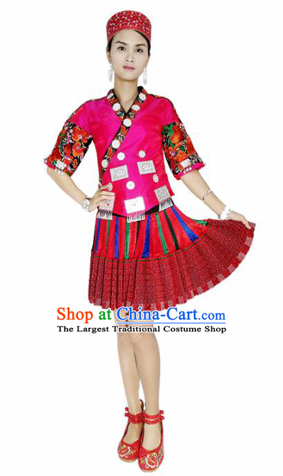 Chinese Traditional Zhuang Nationality Dance Embroidered Red Costumes and Headpiece for Women