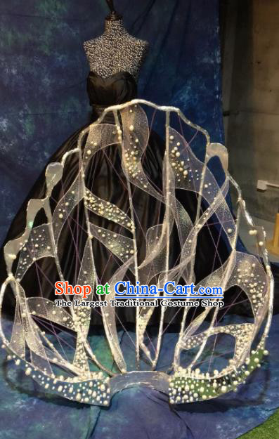 Brazilian Carnival Parade Halloween Clothing Catwalks Stage Show Black Dress and Shell Wings for Women