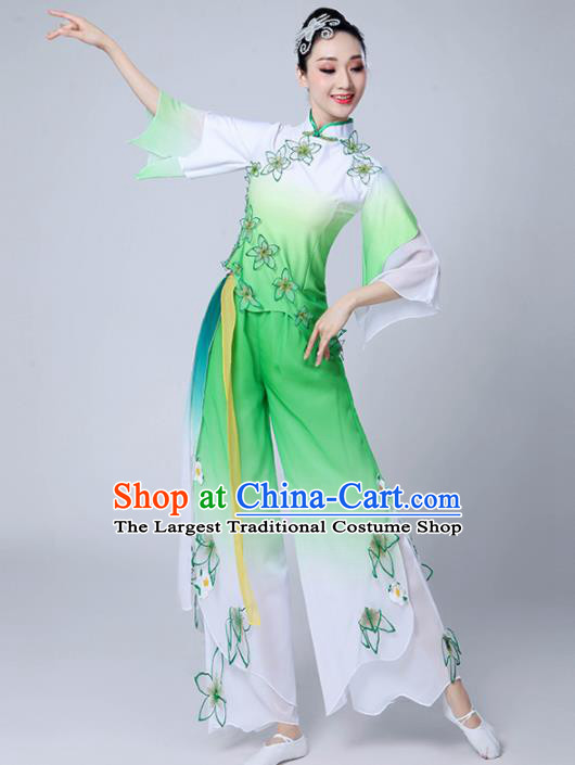 Chinese Traditional Group Dance Yangko Green Costumes Stage Performance Folk Dance Clothing for Women