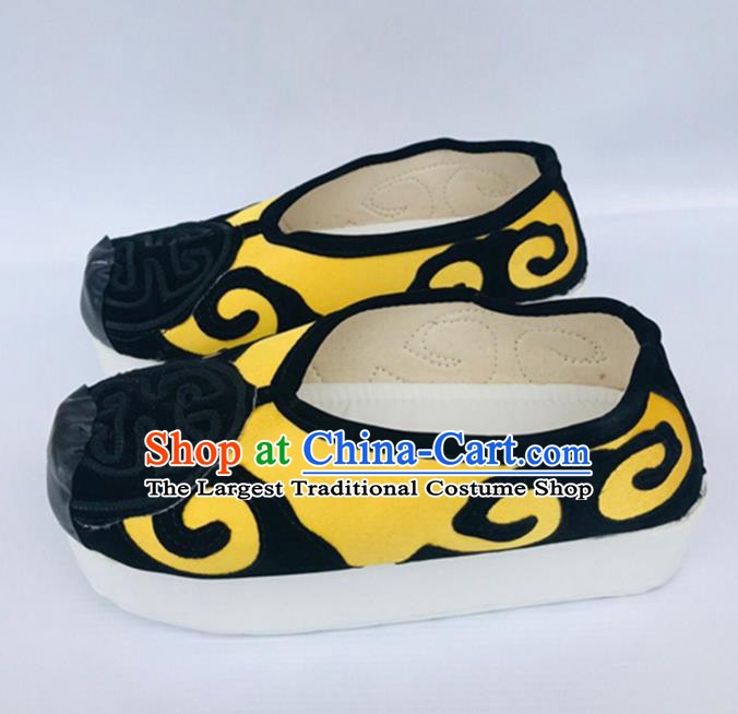 Chinese Traditional Shoes Ancient Beijing Opera Shoes Hanfu Yellow Shoes for Men