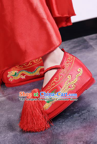 Traditional Chinese Shoes Wedding Shoes Ancient Princess Shoes Peking Opera Red Embroidered Shoes for Women