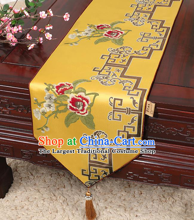 Chinese Classical Household Ornament Yellow Brocade Table Flag Traditional Handmade Embroidered Table Cloth