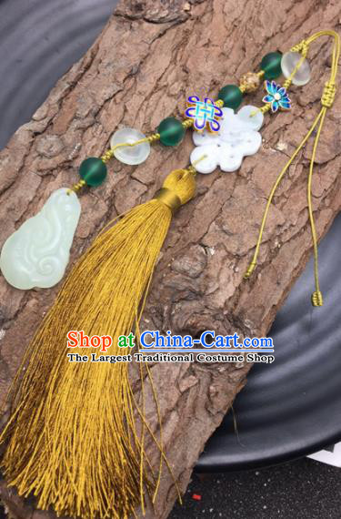 Chinese Traditional Hanfu Yellow Tassel Breastpin Accessories Ancient Qing Dynasty Imperial Consort Brooch Pendant for Women