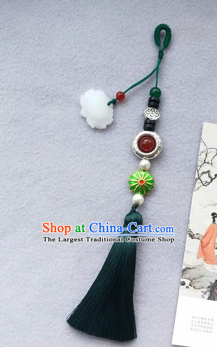 Chinese Traditional Hanfu Green Tassel Lotus Brooch Pendant Ancient Cheongsam Breastpin Accessories for Women