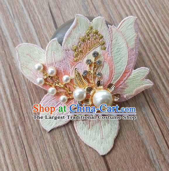 Chinese Traditional Hanfu Embroidered Green Magnolia Brooch Pendant Ancient Cheongsam Breastpin Accessories for Women