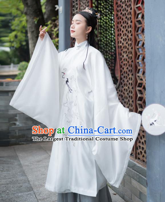 Traditional Chinese Ming Dynasty Aristocratic Lady Replica Costumes Ancient Court Princess White Hanfu Dress Complete Set for Women