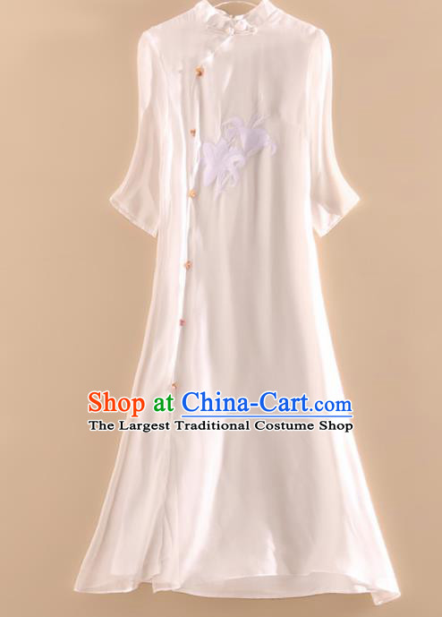 Chinese Traditional Tang Suit Embroidered Lily Flowers White Organza Cheongsam National Costume Qipao Dress for Women