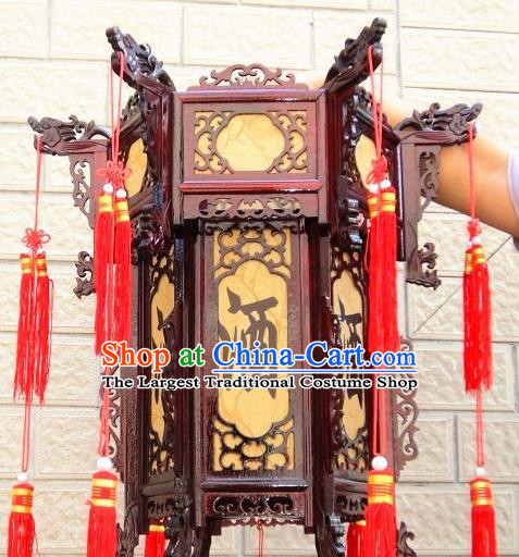 Chinese Traditional Handmade Carving Rosewood Dragon Heads Palace Lantern Asian New Year Lantern Ancient Lamp