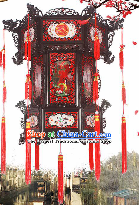 Chinese Traditional Handmade Plastic Palace Lantern Asian New Year Lantern Ancient Ceiling Lamp