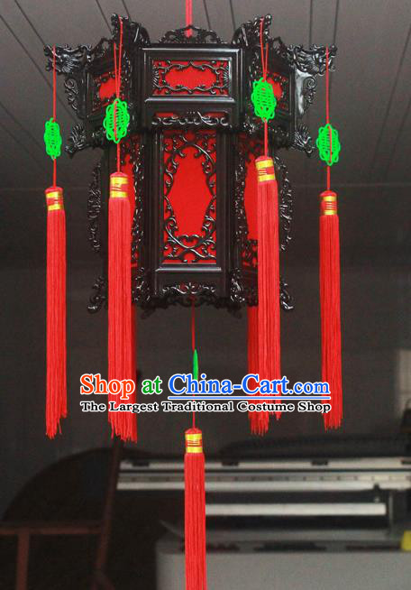 Chinese Traditional Handmade Red Tassel Plastic Palace Lantern Asian New Year Lantern Ancient Ceiling Lamp