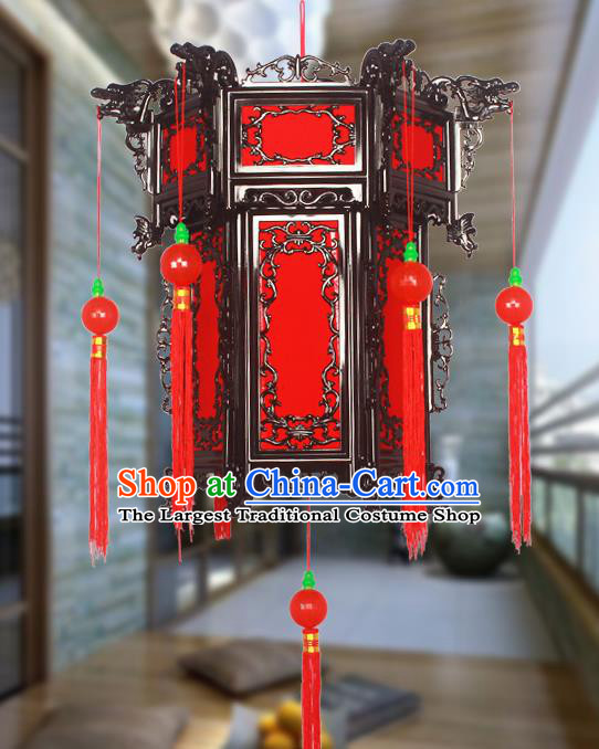 Chinese Traditional Handmade Tassel Plastic Red Palace Lantern Asian New Year Lantern Ancient Ceiling Lamp