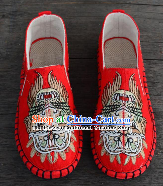 Traditional Chinese Martial Arts Embroidered Lion Shoes Handmade Red Flax Shoes National Multi Layered Cloth Shoes for Men