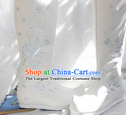 Traditional Chinese Embroidered Peony White Boots Handmade Cloth Shoes National Cloth Shoes for Women