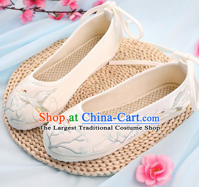 Traditional Chinese Embroidered Crane Pine White Shoes Handmade Cloth Shoes National Cloth Shoes for Women