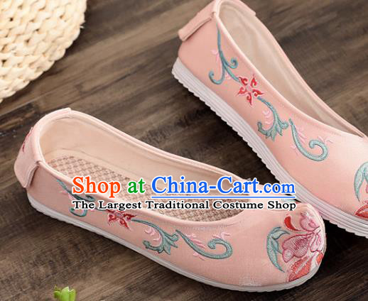 Traditional Chinese Embroidered Pink Shoes Handmade Cloth Shoes National Cloth Shoes for Women