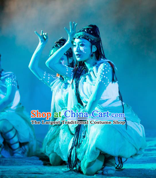 Chinese Chang E The Goddess of The Moon Dance Dress Stage Performance Costume and Headpiece for Women