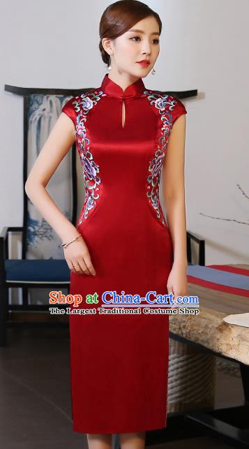 embroidered cheongsam