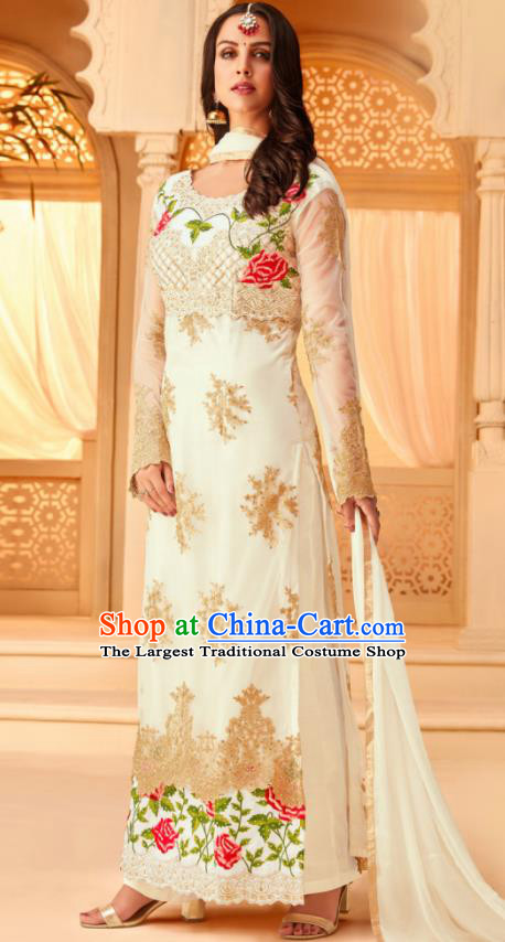 Traditional Indian Punjab White Georgette Blouse and Pants Asian India National Costumes for Women