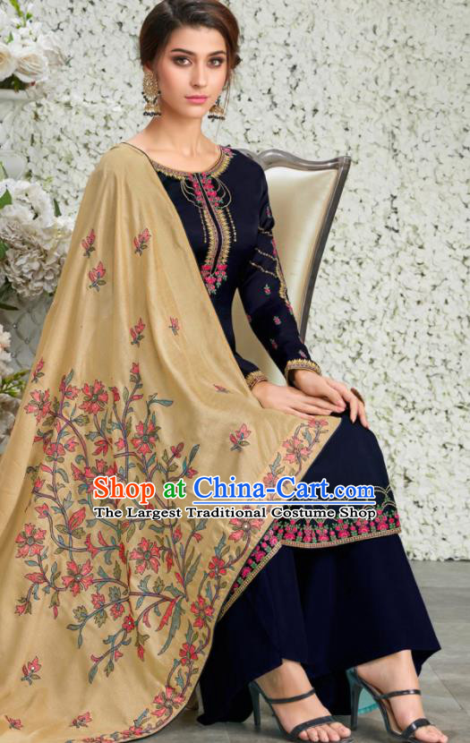 Traditional Indian Lehenga Embroidered Navy Blouse and Pants Asian India Punjab National Costumes for Women