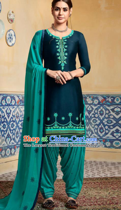 Traditional Indian Punjab Navy Satin Blouse and Green Pants Asian India National Costumes for Women