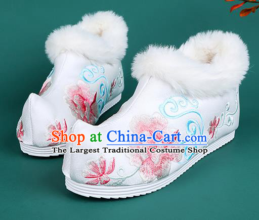 Chinese Traditional Winter White Ankle Boots Hanfu Shoes Embroidered Boots for Women