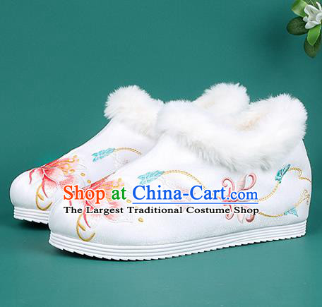 Chinese Traditional Winter Embroidered Peony White Ankle Boots Hanfu Shoes Cloth Boots for Women