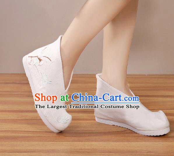 Handmade Chinese White Boots Traditional Embroidered Boots Hanfu Shoes for Women