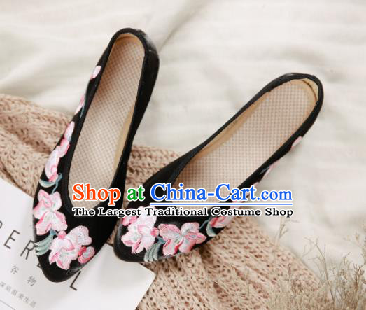 Traditional Chinese National Embroidery Peach Flowers Black Shoes Embroidered Shoes Hanfu Shoes for Women