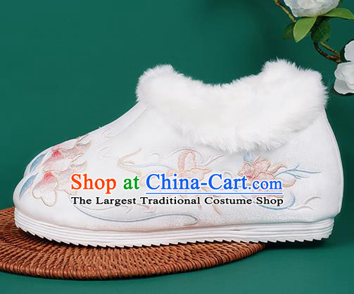 Chinese Traditional Winter Embroidered White Ankle Boots Hanfu Shoes Cloth Boots for Women